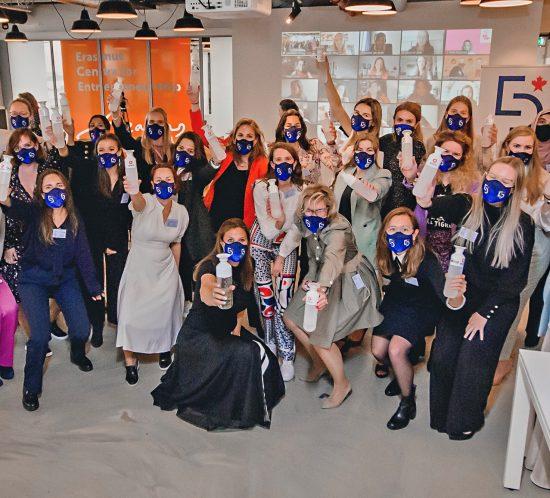 Young Lady Business Academy van Elske Doets